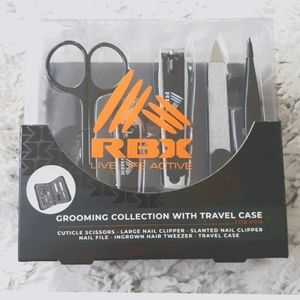 💥NWT RBX Grooming Set With Travel Case